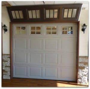 Single car garage door