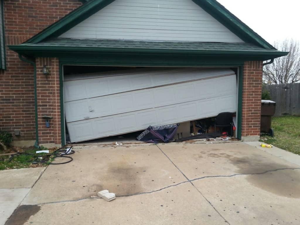 Repairing Garage Doors এর ছবি ফলাফল