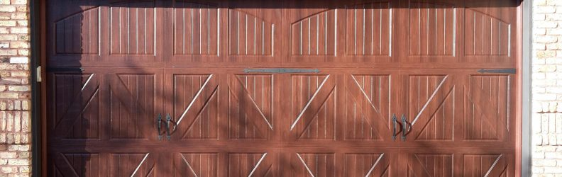 classica-valencia-closed-arch-walnut-blue-ridge-hardware